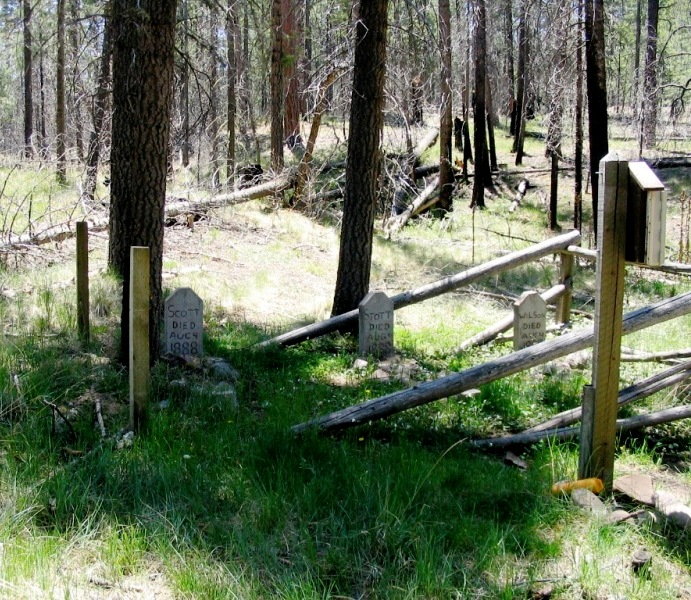 3 Grave Sites in Arizona for the Hiker Looking for a Scare